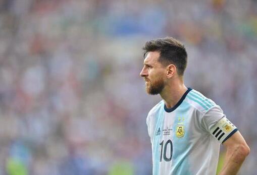 期待已久的阿根廷国家队大名单已经出来了 梅西已经成功回归了