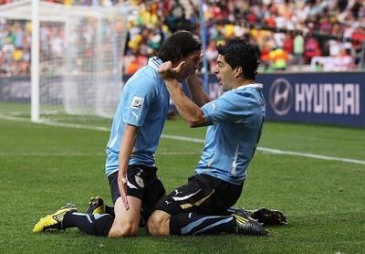 乌拉圭套 卡瓦尼赴马竞板上钉钉 托雷拉即将体检