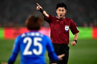 马宁仍获信任执法上海德比 足协做决定前一度左右为难