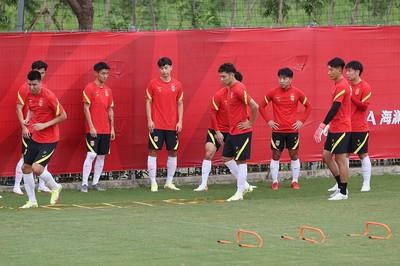 国足确定12强赛三队长人选 吴曦大概率任第一队长